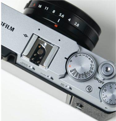 FUJIFILM X100Vと比較してX-E4を買うことに決めた理由